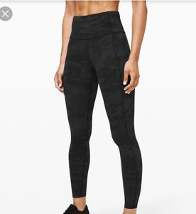 """Lululemon fast and free Camo HR 25"""" Tight size 4"""